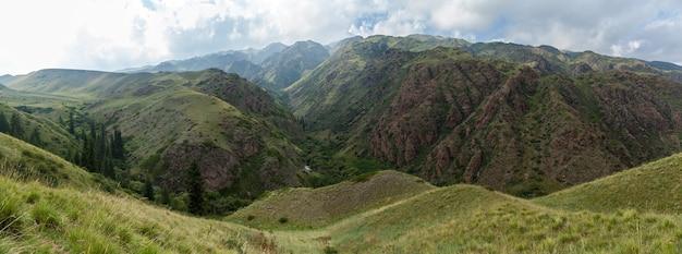 Steppe kasachstan, trans-ili alatau, hochebene assy
