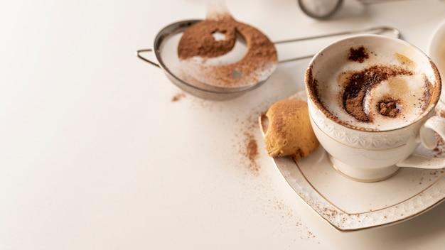 Sterne und monddesign auf kaffee