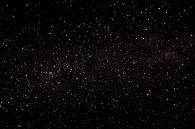 Sterne und weltraumhimmel-nachtuniversum der galaxie