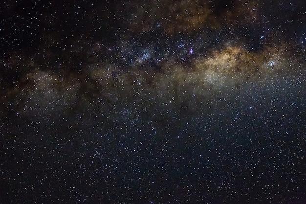 Sternenklarer hintergrund des sternen- und weltraumhimmelnachtuniversums der galaxie schwarzen des glänzenden starfield