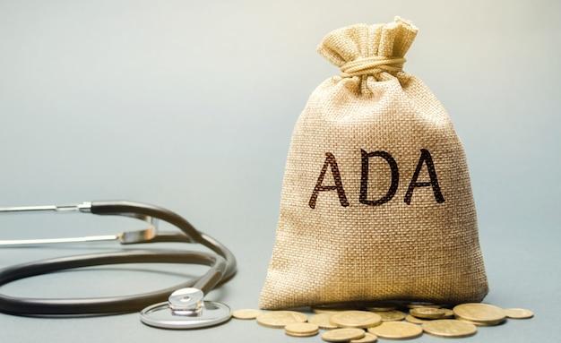 Stethoskop und die inschrift ada - americans with disabilities act.