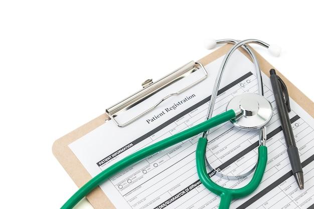 Stethoskope und patientenregistrierungsformular