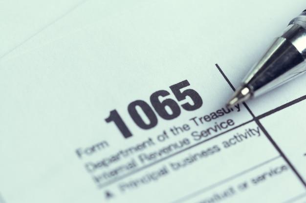 Steuerformular für finanzen