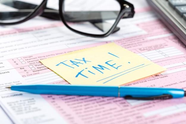 Steuerformulare, nahaufnahme