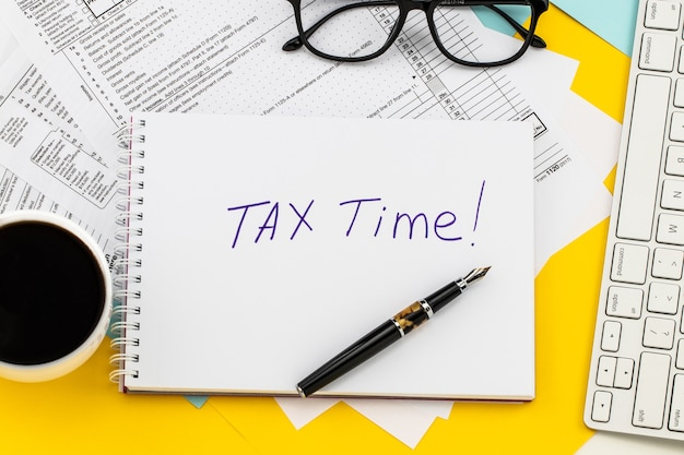 Steuerzeit benachrichtigung über die notwendigkeit der abgabe von steuererklärungen, steuerformular