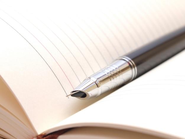 Stift und notizbuch