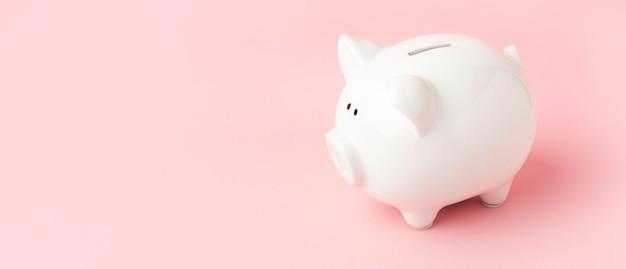 Stillleben-arrangement der finanziellen freiheit mit kopienraum