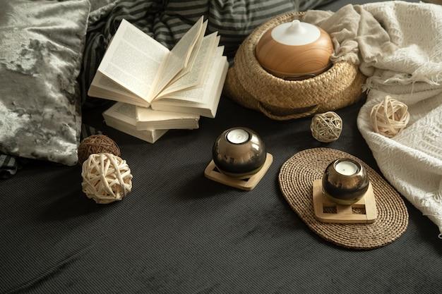 Stillleben ein gemütliches haus mit dekorativen details im innenraum.
