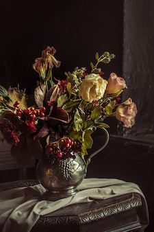 Stillleben mit herbstblumen