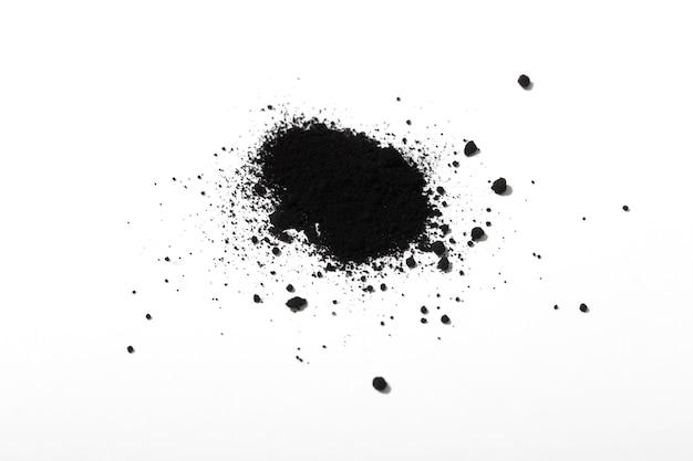 Stillleben schwarze toneranordnung isoliert
