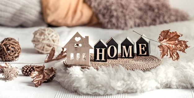 Stillleben wohnkultur in einem gemütlichen zuhause.