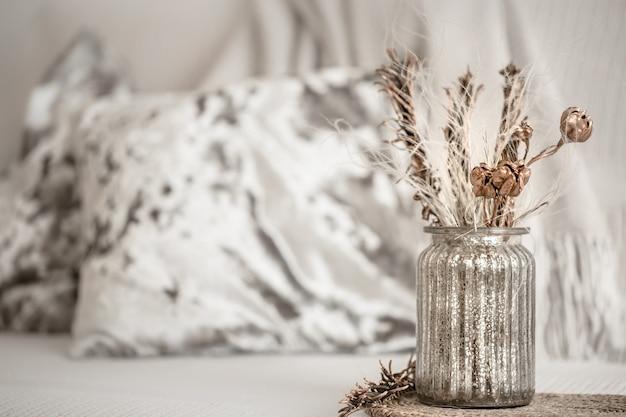 Stillleben zur dekoration im wohnzimmer