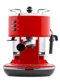 Stilvolle rote kaffeemaschine lokalisiert auf weißem hintergrund