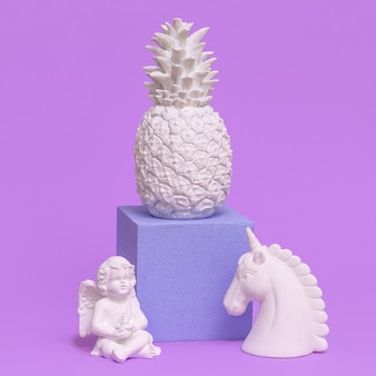 Stilvolle wohnkultur. ananas engel einhorn. minimal art
