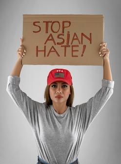 Stoppen sie asiatisches hasskonzept