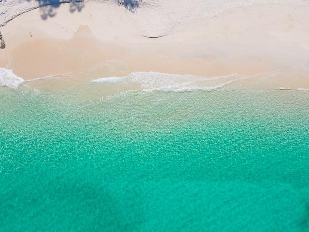 Strand und meerwasser draufsicht