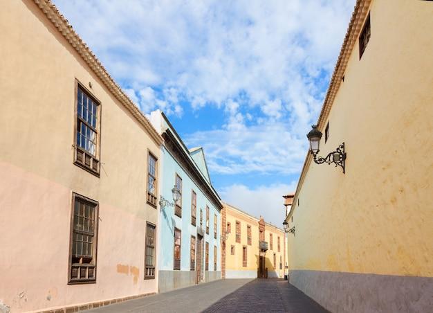 Straße in der alten kolonialstadt la laguna, teneriffa, canarias spain