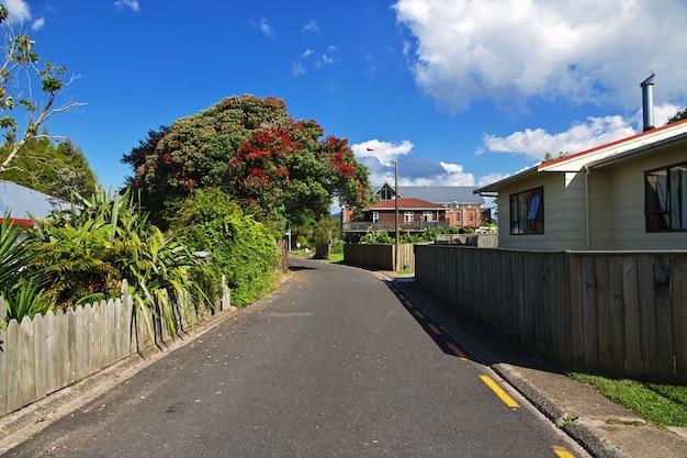 Straße in rotorua, neuseeland