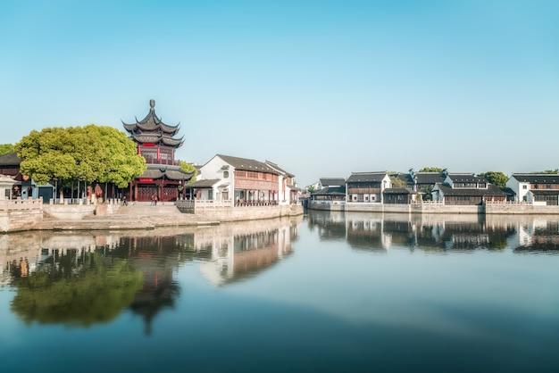 Straßenansicht der alten gebäude in der antiken stadt suzhou