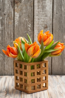 Strauß orange tulpen
