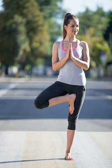 Street yoga: vrksasana pose