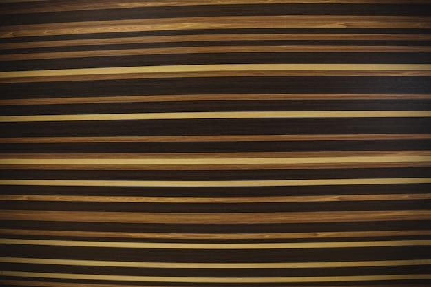Streifenmuster auf den hintergrund holzoberfläche