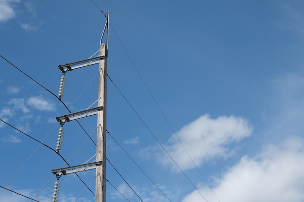 Stromleitungen im himmel