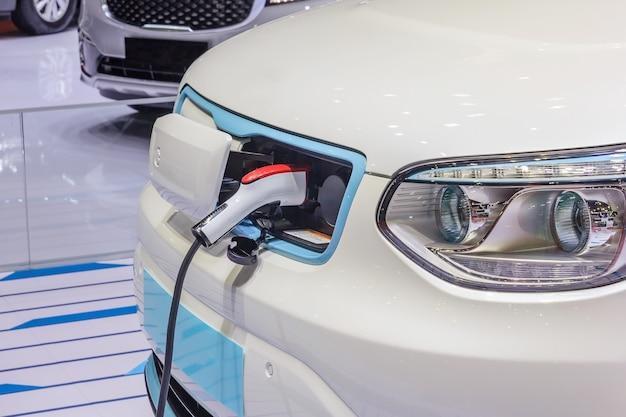 Stromversorgung für das laden von elektroautos