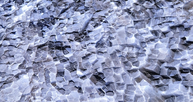 Strukturierte natürliche kristalllandschaft als hintergrund.