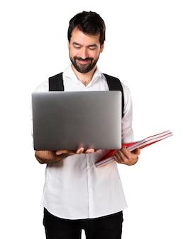 Student mann mit laptop