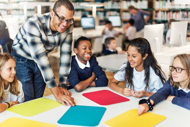 Studieren sie das lernen, klassenzimmer-konzept zu lernen