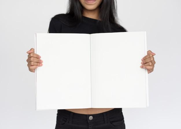 Studio-leute-trieb-porträt lokalisiert auf weiß
