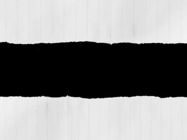Stücke zerrissener papiertexturhintergrund mit kopienraum für text