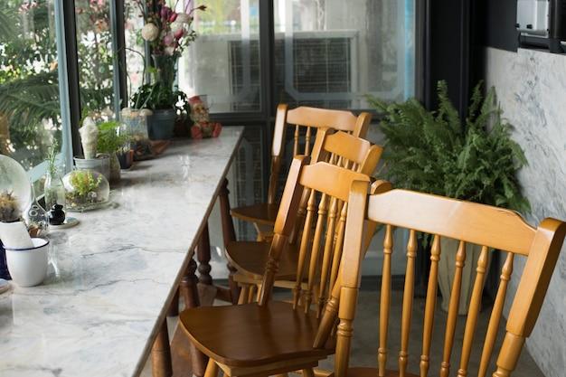 Stühle aus einem restaurant, bar-bereich