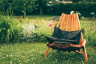 Stuhl draußen