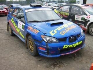 Subaru rallye-auto blau
