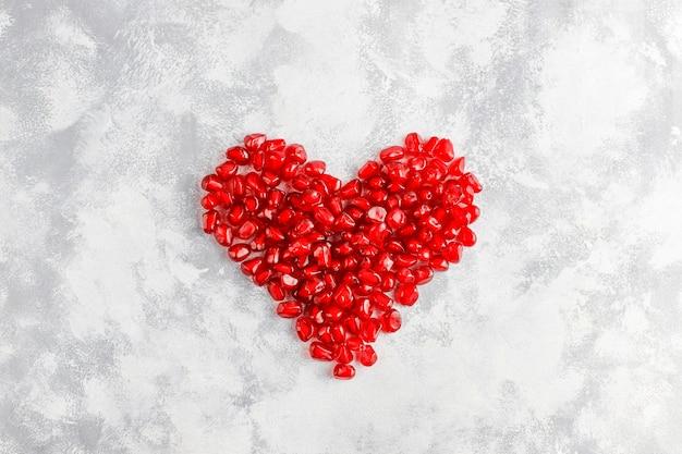 Süße granatapfelsamen, selektiver fokus