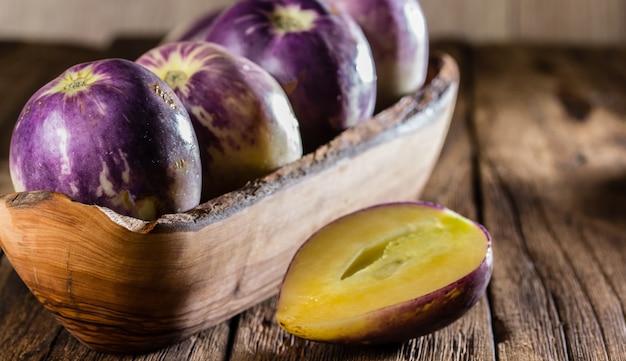 Süße gurke der südamerikanischen frucht. pepino dulce oder pepino melone