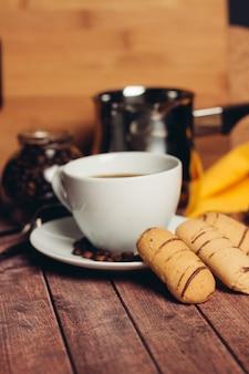 Süße kekse lebkuchen kaffee frühstück desserts genuss