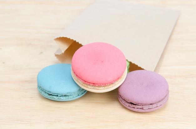 Süße und bunte französische makronen