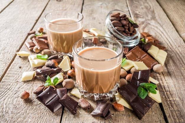 Süßer schokoladenlikör