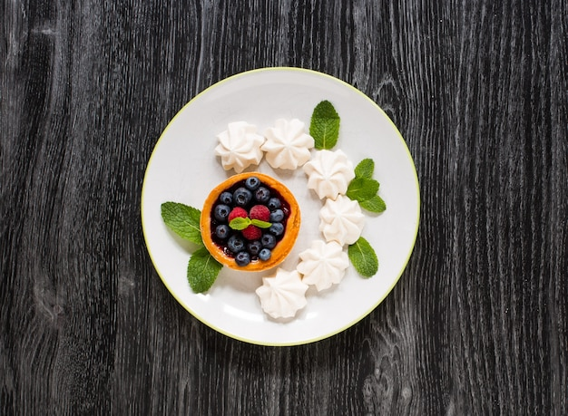 Süßer weißer baiser und andere bestandteile
