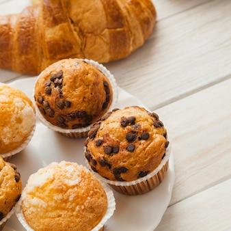 Süßes dessertgebäck zum frühstück