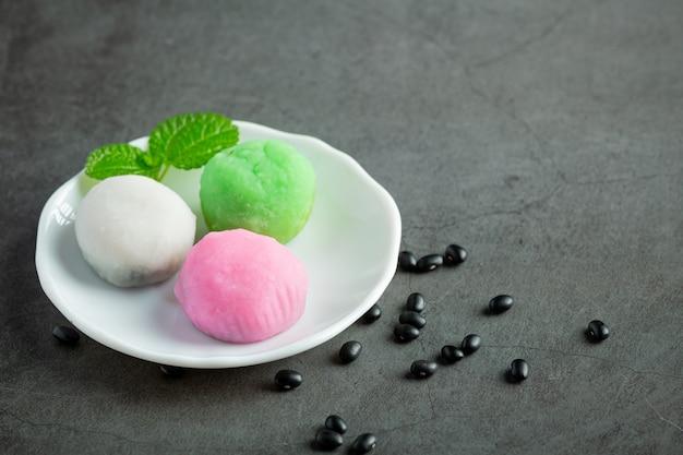 Süßes dessertgericht der schwarzen bohne