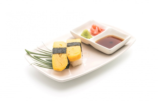 Süßes ei-nigiri-sushi - japanische essensart