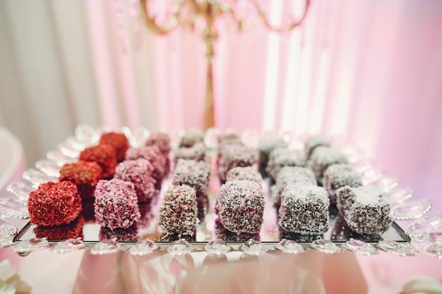 Süßes hochzeitsbuffet