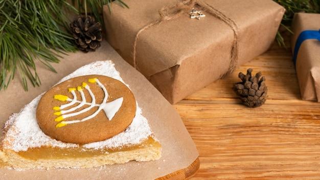 Süßigkeiten und präsentiert traditionelles chanukka jüdisches konzept