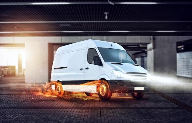 Super schnelle lieferung des paketservices. van mit brennenden rädern auf der straße