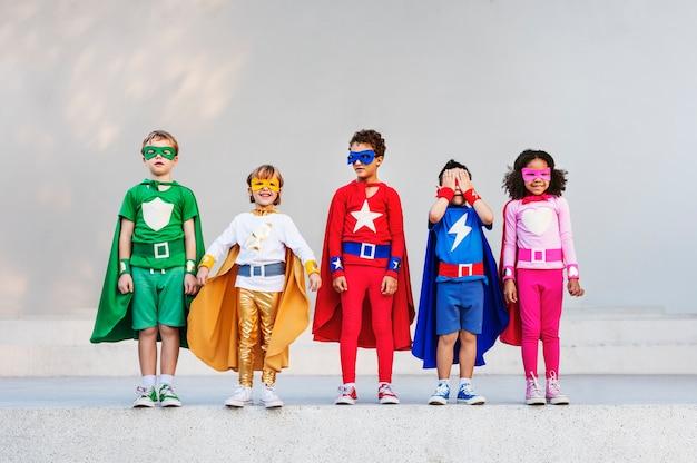 Superhelden-kinder mit superkräften