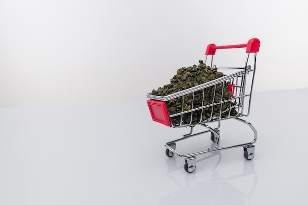 Supermarktwagen marihuana medizinisches cannabis cbd.